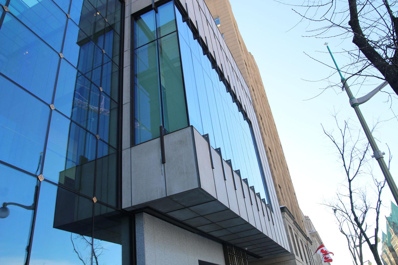 Bank Of Montreal Rehabilitation National Contract Glazing